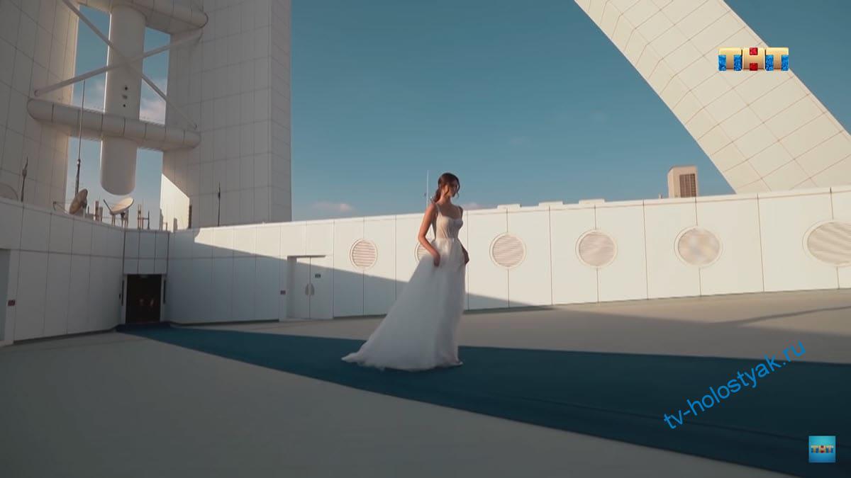 Алиса-Грабовая-в-свадебном-платье